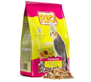 RIO. Корм для средних попугаев в период линьки